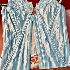 Fredericks of Hollywood baby blue corset 38